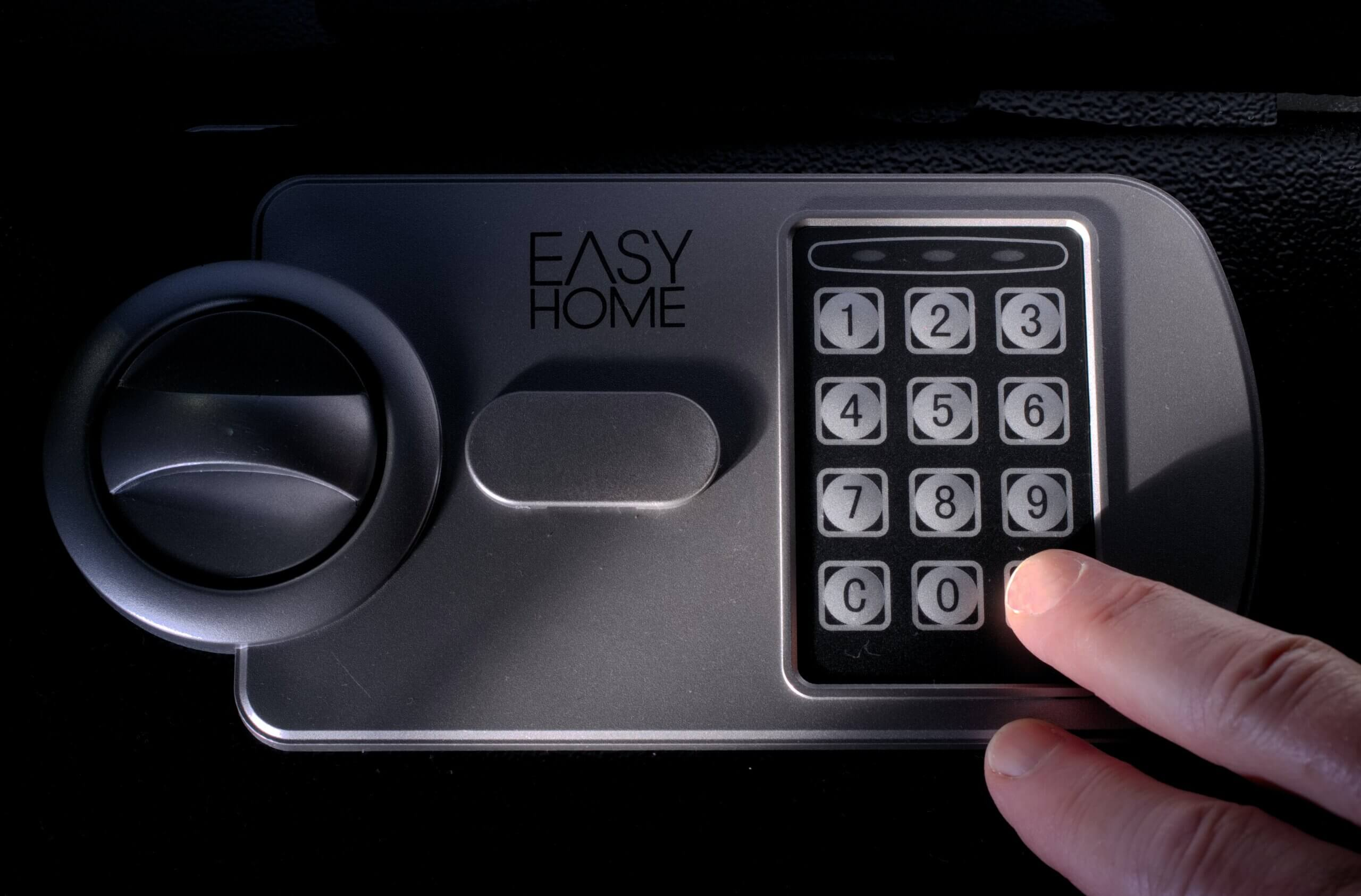 Is a Locksmith Able to Unlock a Safe?